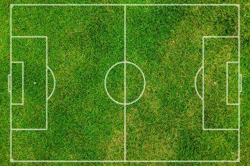 vue aérienne terrain de football